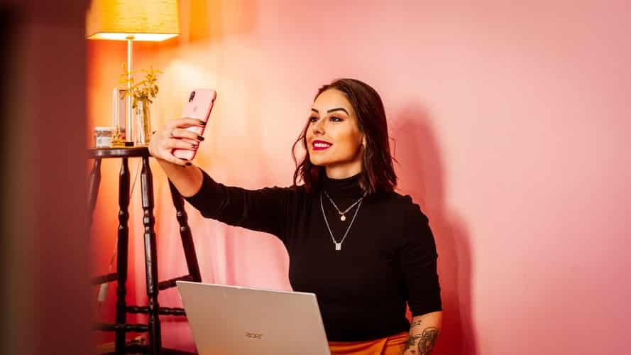 Influencers Earn How Much On Instagram, TikTok, and YouTube?